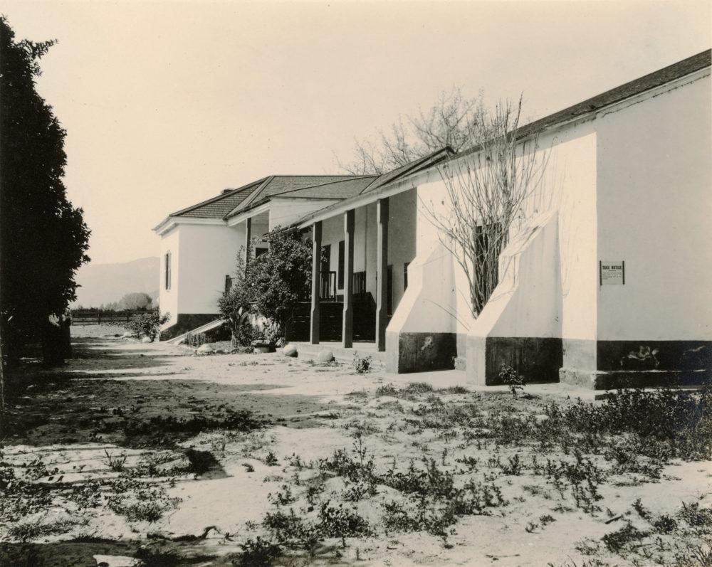 South veranda of Rancho Camulos Main Adobe. 3.5x5.5-inch print, n.d. Probably 1920s, possibly 1910s.